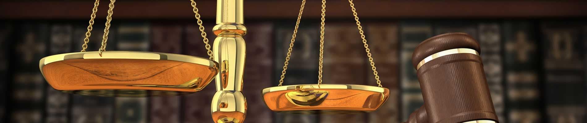 Derecho y administración de justícia